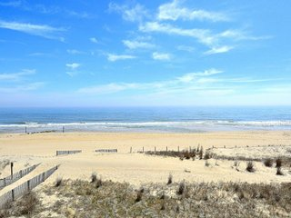 Salty Sands I 302 - Oceanfront - Near Seacrets!