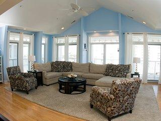 St. Kitts 403 - Ocean Block Luxury Condo!