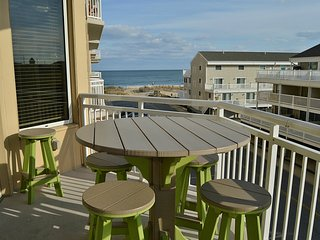Gateway Grand 201 - Upscale 4-BR w/ Ocean View!
