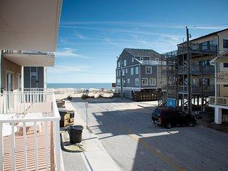 Ocean Watch 103 - Pool & Ocean View
