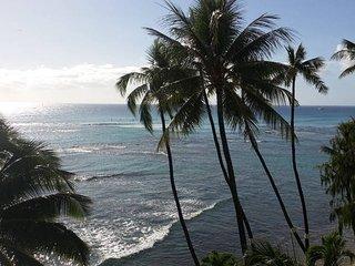 Oceanfront-Diamond Head Beach 1BDRM, Honolulu