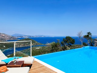 Built in 2016...complete privacy...panoramic views, Sivota