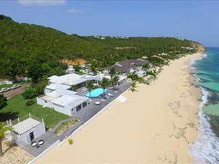 Beachfront 5 bedroom villa on Baie Rouge, Terres Basses
