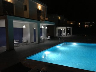 Elegant 3 bedroom villa with private pool sleeps 6, Skala