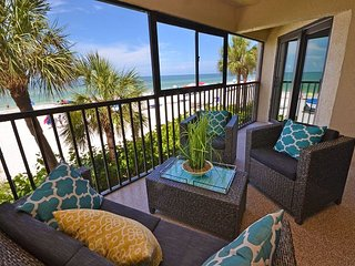 Arie Dam 102  Totally Renovated in May 2016!  Gulf Front with Pool & Spa!, Madeira Beach