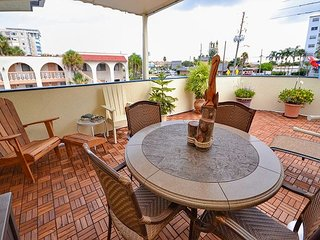 Sea Rocket 30 - Second Floor, One Bedroom Condo with it's Own Private Deck!, North Redington Beach