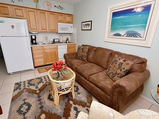 Tropic Breezes #11 - 2nd Floor Bright and Beachy Gulf View Condo with a Pool!, Madeira Beach