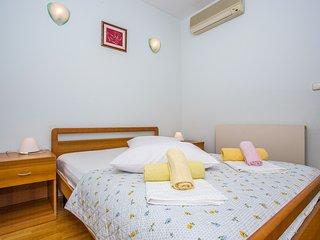 TH03411 Apartments Jerkan / One bedroom br. 15, Podstrana