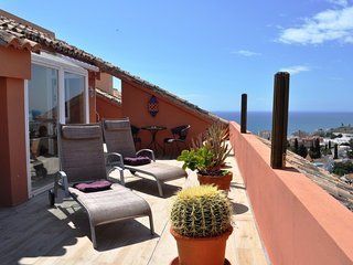Fantastic penthouse in Fuengirola Hills