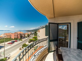TH03486 Apartments Villa Tucepi / Two Bedroom A6
