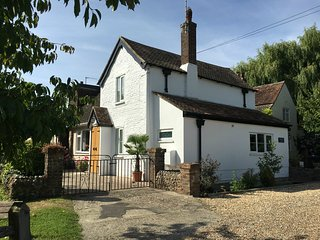 Springwell Cottage only a five minute walk to West Wittering