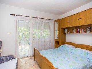 TH01689 Apartments Rinčić / One Bedroom Studio A2, Vrsine
