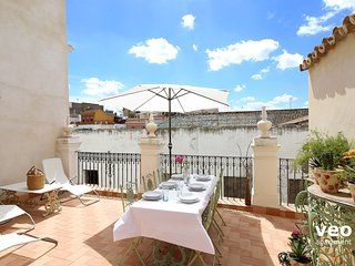 Quintana Terrace. 5 bedrooms, 3 bathrooms, terrace, Seville