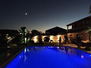 Stunning B&B Resort, Maussane, Provence