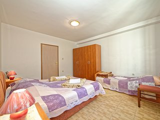 TH01439 Apartments Biondić / One Bedroom A4+1, Senj