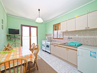 TH03133 Apartments Damir / Two Bedrooms A2, Rab Island