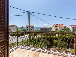 TH03450 Apartments Mirko / Studio A3