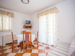 TH03550 Vila Bili / One bedroom 113, Klek