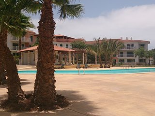 LUXURY FAMILY 2 DBLBED APT WITH GARDEN/ POOL VIEWS, Santa María