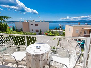 TH00393 House Bujan / One bedroom sea view A1, Crikvenica