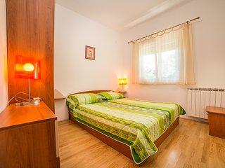 TH00016 Apartments Đurđa / One Bedroom / Patio C, Fazana