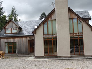 Fantastic Luxury Highland Home, Dalwhinnie