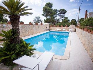 Villa Angela,Splendida Villa con piscina 12 posti, Capaci