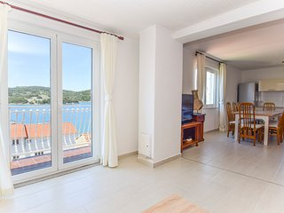TH01201 Apartments Olivari / A1 Two bedroom, Tisno
