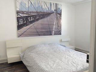Chambre1 avec grand lit
