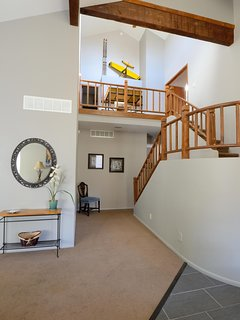 The Academy Awards spiral staircase up to the landing and 3 bedrooms. Descend  in style!