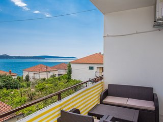 TH01837 Apartments Villa Ivanka / Two bedrooms A4, Donji Seget