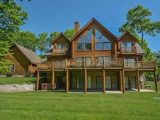 Enjoy community amenities & close proximity to Wisp Resort!