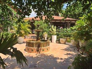 ENCANTADORA CASA CON LINDAS ZONAS VERDES, Santa Marta