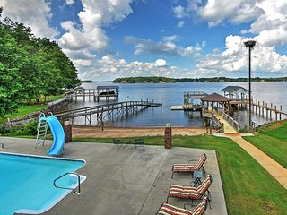 Waterfront Lake Norman Duplex w/ Pvt Pool & Gazebo
