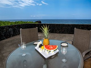 KKSR#176 DIRECT OCEANFRONT CORNER TOWNHOUSE,  AMAZING VIEW, CLOSE TO POOL, Kailua-Kona