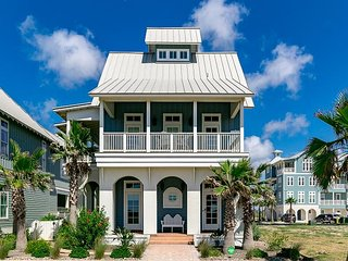 Chic Oceanview Home on the Port Aransas Coast – Sleeps 12