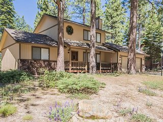 Great Family Getaway - Meticulously Maintained Home, Air Hockey Room for Kids, South Lake Tahoe