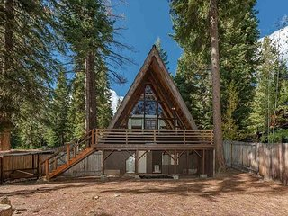 Adorable Classic A-frame Cabin in Carnelian Bay