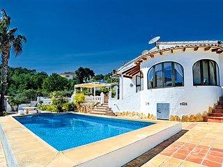 Casa Toro #3801, La Llobella