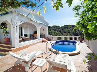 3 bedroom Villa with Pool, Air Con and WiFi - 5698889