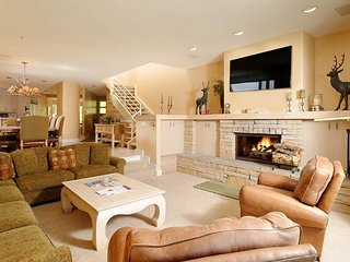 Deerbrook Townhome A3, Snowmass Village