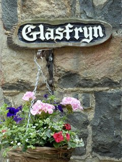 'Glasfryn' - comfortable holiday home in Newport