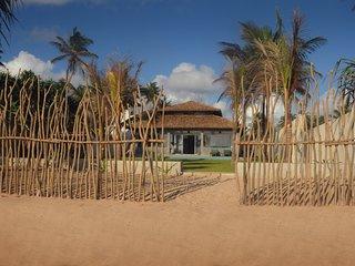 privet house with swimming pool and sea view, Ambalangoda