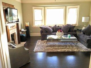 Furnished 2-Bedroom Home at Market St & 53rd St Oakland