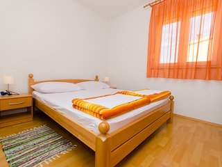 TH01931 Apartments Dragica / Two Bedrooms A2, Okrug Gornji