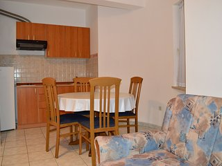 TH01275 Apartments Klarić / One Bedroom A1, Nin