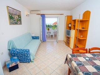 TH03475 Apartments Tomaš / Two Bedrooms K2, Tucepi
