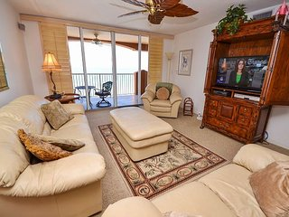 La Contessa 503 - Fabulous 3 Bedroom Gulf Front Penthouse on Redington Beach!