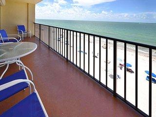 Las Brisas 403 Beautifully Upgraded Gulf Front Condo  - Pool, BBQ, Free Wifi, Madeira Beach