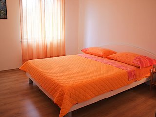 TH03491 Apartments Pezzi / Two Bedrooms A1, Supetar